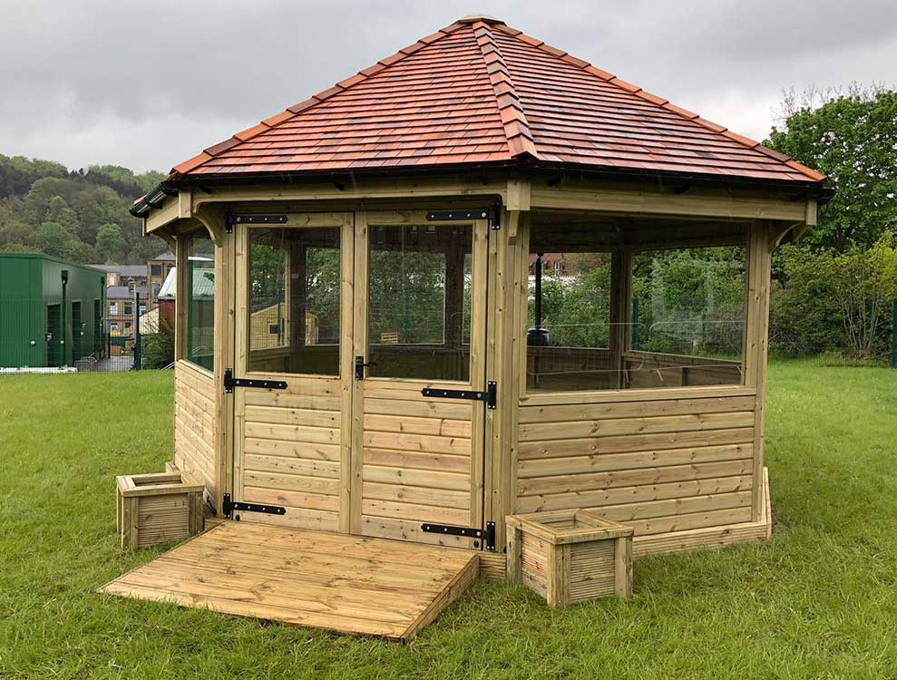 Octagonal fully enclosed outdoor classroom 1